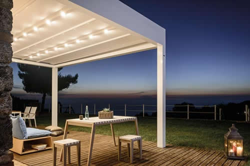 pergola-bioclimatique-eclairage-led-encastre-500x333